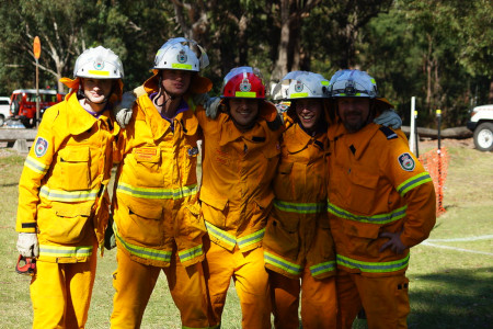 5 members of the NSW rural fire service in uniform